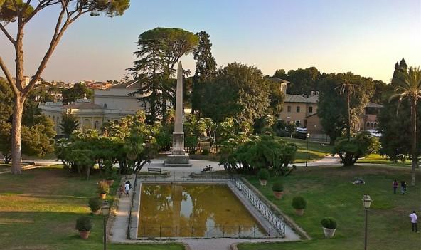 Una delle numerose fontane e laghetti di Villa Torlonia