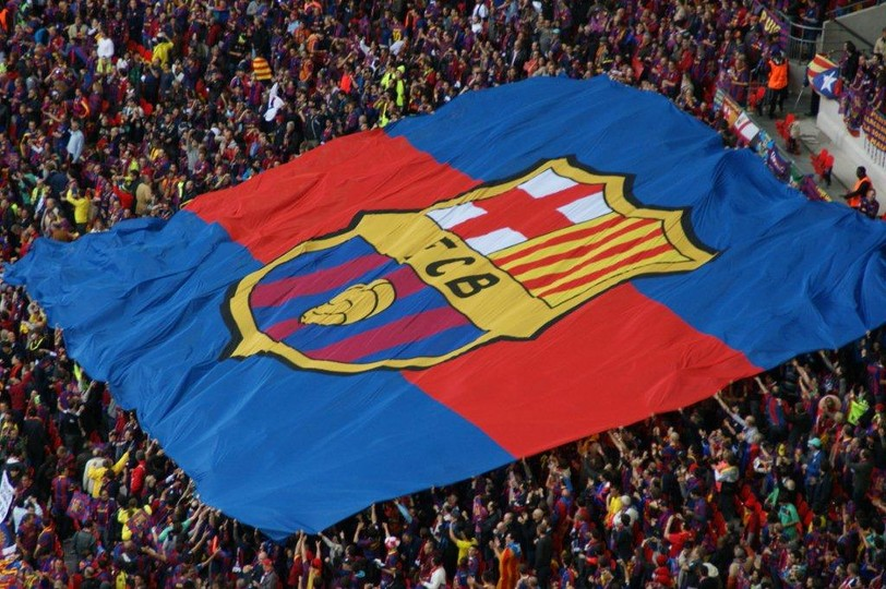 Més que un Club: Barcelona FC since 1899 (photo original: https://media-public.fcbarcelona.com/20157/0/document_thumbnail/20197/54/144/2723894/1.0-10/2723894.jpg?t=1476743570000)